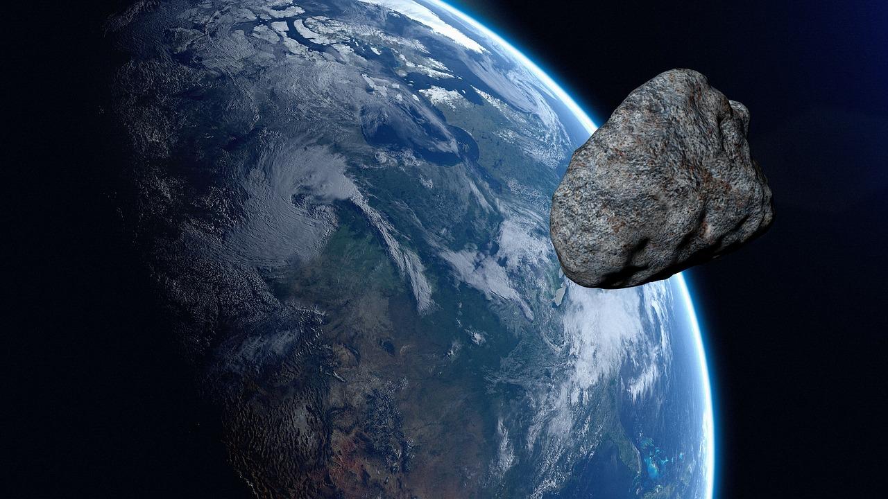 Asteroid Land Planet Cosmos Space  - urikyo33 / Pixabay